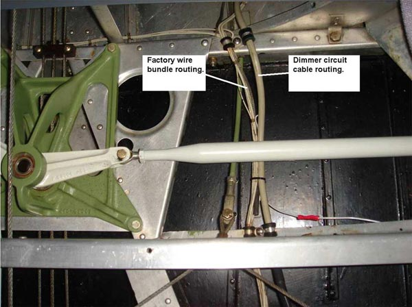 Ercoupe Info  Instrument Post Lights